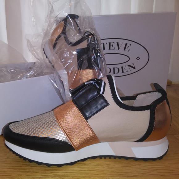 82f57924ec3 Steve Madden Antics Rose Gold Sneakers size 8 NWT